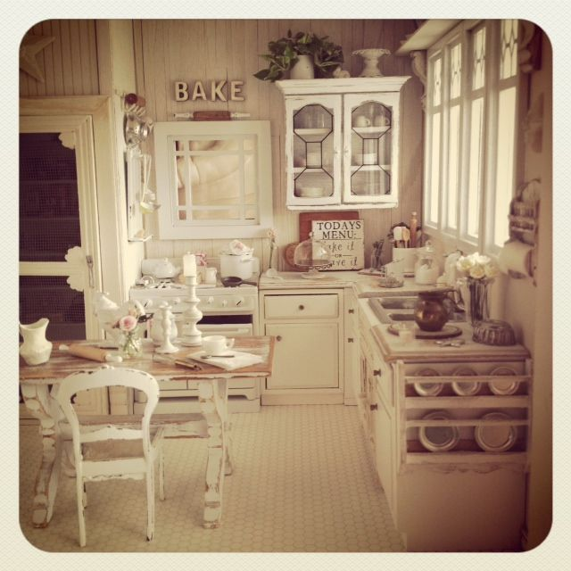 225 Best The Miniature Kitchen Images On Pinterest: 17 Best Images About Dollhouse
