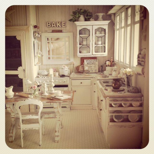 Miniature Kitchen: 17 Best Images About Dollhouse