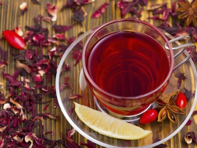 La rosa de jamaica, también conocida como rosa de abisinia o flor de jamaica, posee grandes propiedades medicinales.   Los más resaltantes so