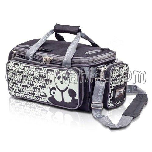 Bolsa/Mochila - Panda - ENFERMANIA - Loc@s por la enfermería. Bolsa-mochila blanda de Enfermería, perfecta para aquell@s que necesitan llevar consigo ropa y/o material de curas y asistencia, con toda comodidad. Medidas: 52 x 24 x 29 cm. Peso: 2,7 Kg. Estampado: pandas