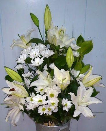 Comprar un ramo de flores para funeral por teléfono