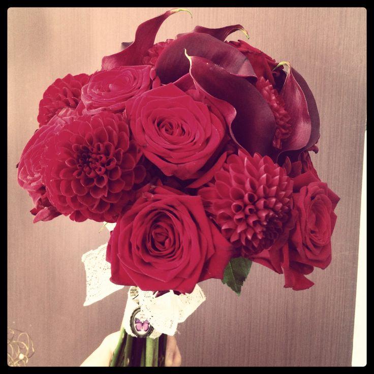 Ramo de novia Velvet, rosas, dalias y calas