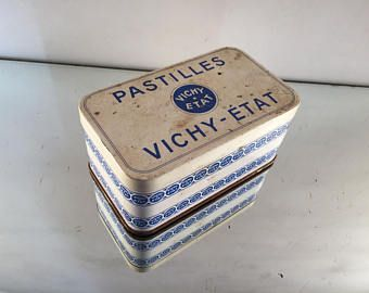 Vintage tins are especially sweet with this 1950s blue enamel Vichy candy tin. A fabulous little home decor accent! #VintageTins #VintageFrenchTins