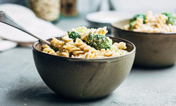 Hands down, this is the best Vegan Mac and Cheese recipe out there. Made with whole & healthy ingredients, incredibly creamy, and quick to prepare.