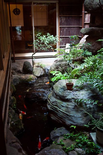 Japanese residence: photo by YU-TA LEE, via Flickr