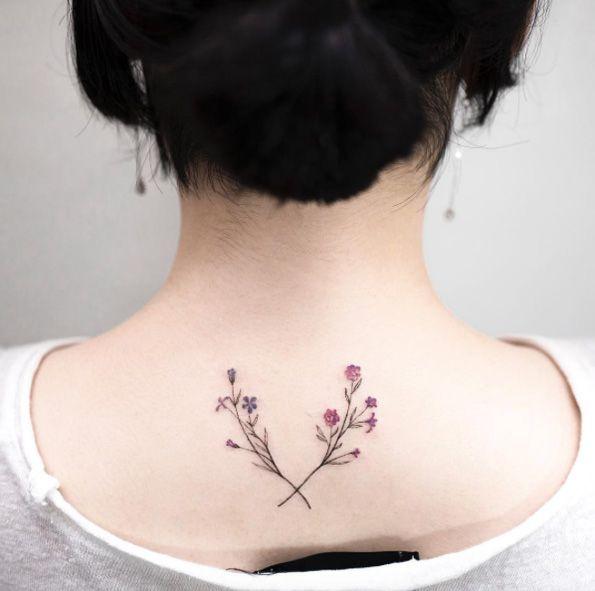 Tiny floral sprigs by Hongdam
