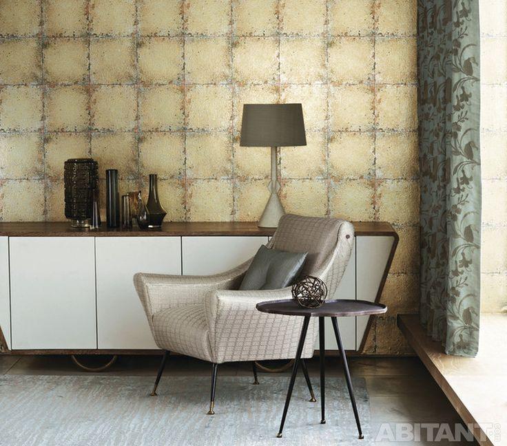 Золотистые обои в имитацией винтажной керамической плитки