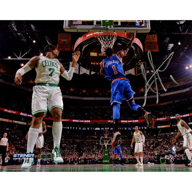 Amare Stoudemire Signed Reverse Dunk Against Boston 8x10 Photo - Knicks star Amare Stoudemire has personally hand-signed this Reverse Dunk Against Boston 8x10 Photo-Amare Stoudemire who for years was the standout power forward for the Phoenix S is now a New York Knick. Stoudemire The NBA Rookie of the Year in 2003 and a 6x NBA All Star came to New York and along with acquisitions Carmelo Anthony and Chauncey Billups rejuvenated one of the most famous franchises in NBA history helping them…