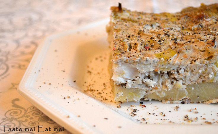 Taste me! Eat me!: Zapiekanka z rybą, ziemniakami i sosem śmietanowo-...