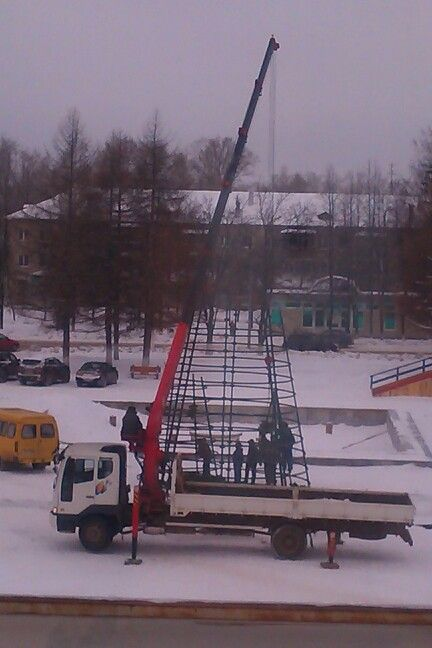 Собирают ёлку #чайковский