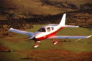 $2,500 Navigate Your Future Scholarship for incoming college freshmen who are pursuing aviation careers. Deadline June 28.