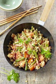 Spek en boontjes in de wok met tarwegraantjes