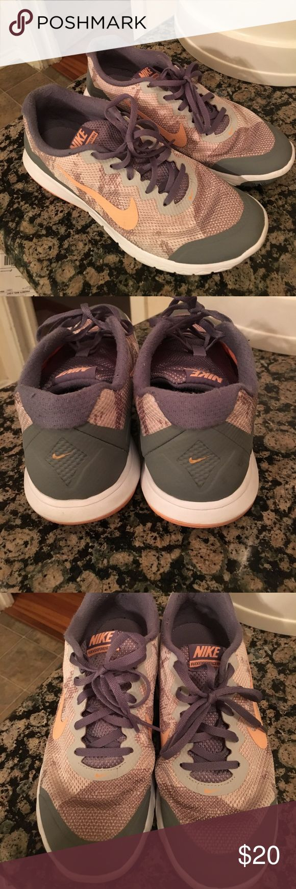 Nike Flex Experience RN4 Very good condition. Super cute pattern! No big signs of wear except for what is pictured. Nike Shoes