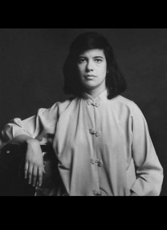 susan sontag a woman s beauty The notion that there was a susan sontag—that there was someone who was this towering in intellect, who was a woman, who was looked up to and revered in a world where men dominated the.