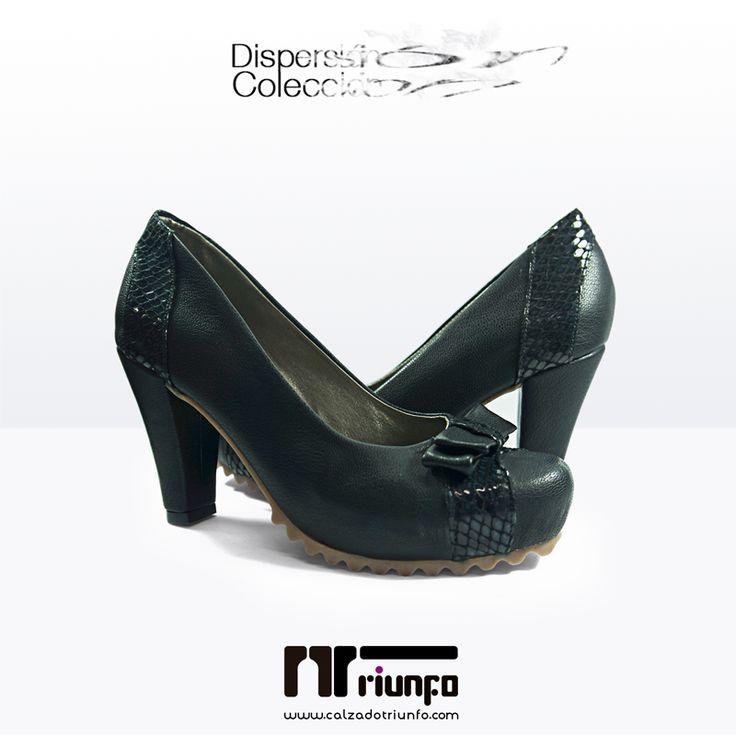 """Los tacones negros son un """"must have"""" para toda mujer. Puedes usarlos para el trabajo, con jeans, con vestidos y faldas y siempre te harán lucir elegante y femenina. Cómpralos online y recíbelos en tu casa --> http://goo.gl/rbEM3c #CoberturaNacional #EnviosinCosto #HechoaMano #fashion #shoes #moda #zapatos #tacones #musthave"""