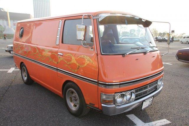 E20 Nissan Caravan