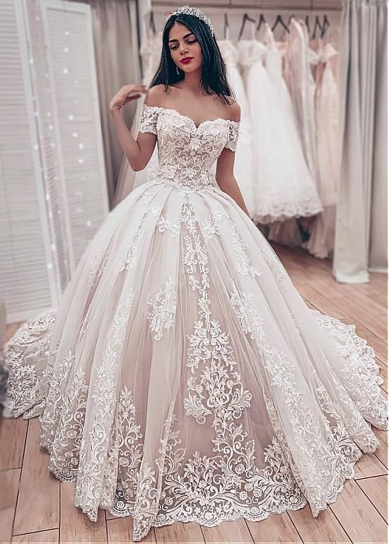 [237.60] Dazzling Tulle Off-the-shoulder Neckline Ball Gown Wedding Dresses With Lace Appliques
