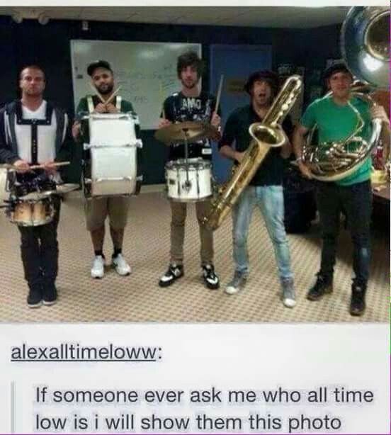 tO SEE A MARCHING BAND>> did u have to<< well I feel it was needed<< i showed my friends the picture of the bananas. And the same day I had a spelling test, one of the words was banana, so I just burst out laughing in the middle of a silent room