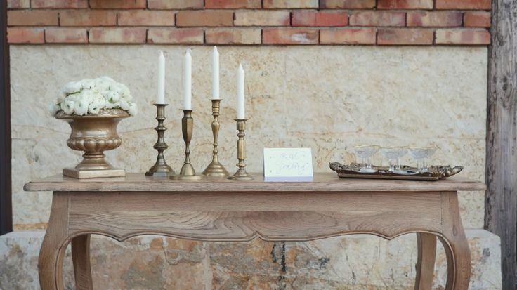 www.zazoo.gr  Louis console, reception table  #weddingreception #styledphotoshoot