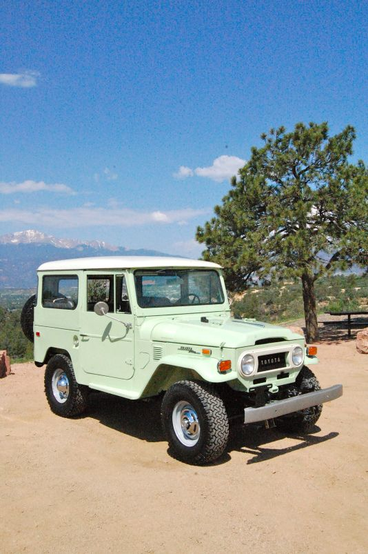 1970 Toyota Land Cruiser  FJ-40 Spring Green Restoration