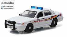 Greenlight 1:64 Hot Pursuit 21 Ford Crown Victoria Police Atlanta, Georgia