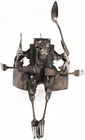 Kuzgun Acar, Bertold Brecht, Kafkas Tebeşir Dairesi oyunu için mask (Erdinç Bakla archive)