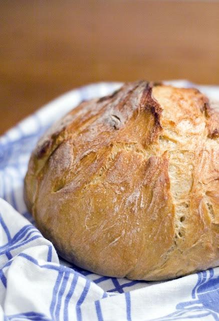 Rapea leipä vaivaamatta