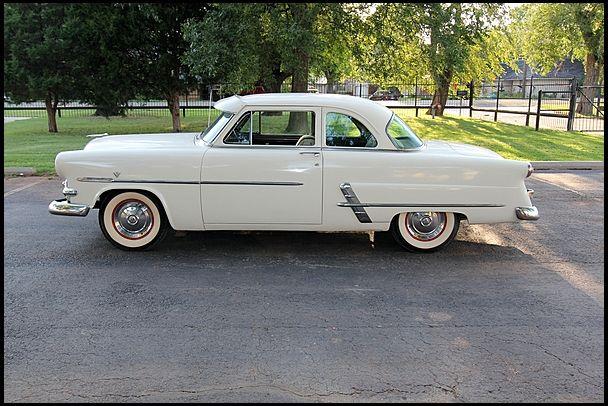 1953 Ford Customline Club Coupé | W13 | Dallas 2013 | Mecum Auktionen – Dave Neifer