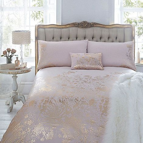 An elegant addition to your bedroom, this duvet cover from Julien Macdonald comes in pale pink with a gorgeous gold foil design.