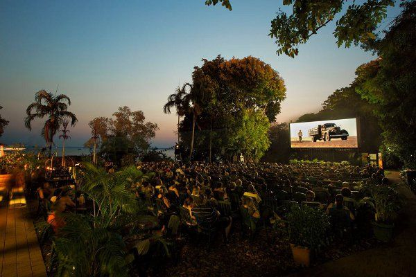 Deckchair Cinema in Darwin Australia is a great place to pull up a chair in the fresh air, grab some local food from the vendors and enjoy a movie under the stars. #ecotourism #deckchaircinema #darwin #australia #travel