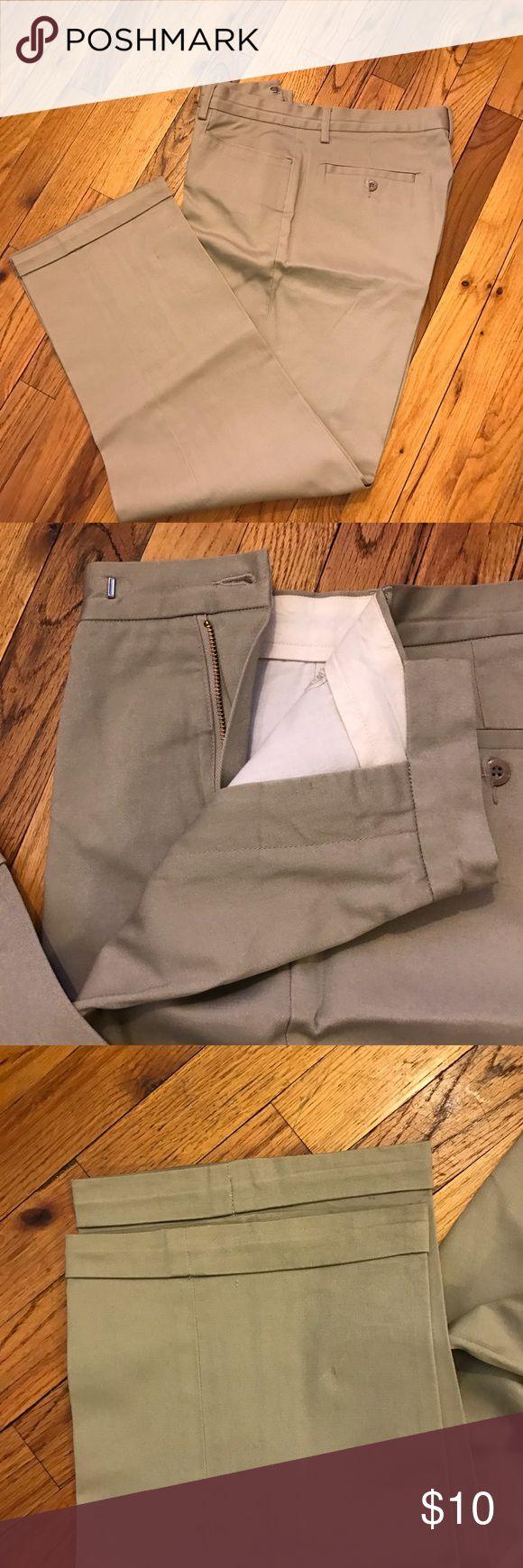 Guess men's khaki pants Pre-owned. Guess khaki pants size 34. Guess Pants Chinos & Khakis