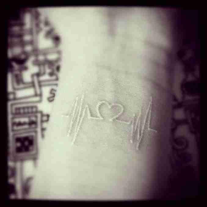 50 fotos de tatuagens com tinta branca 7