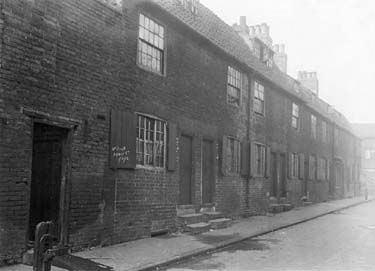 Numbers 2 - 18 Bromley Street. One of the many slum streets between Nottingham city centre and Sneinton. Taken in 1912.