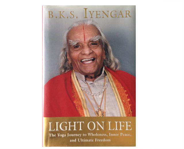 light on yoga   lightonlife.jpg