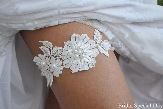 White Lace Wedding Garter With Handknitted Shiny White Glass Pearls - Handmade Wedding Garter Set