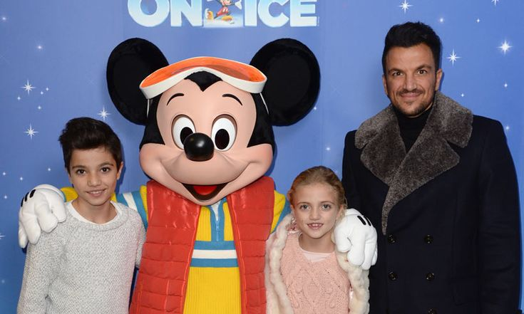Peter Andre, Sienna Miller, other celebs treat kids to festive Disney on Ice show