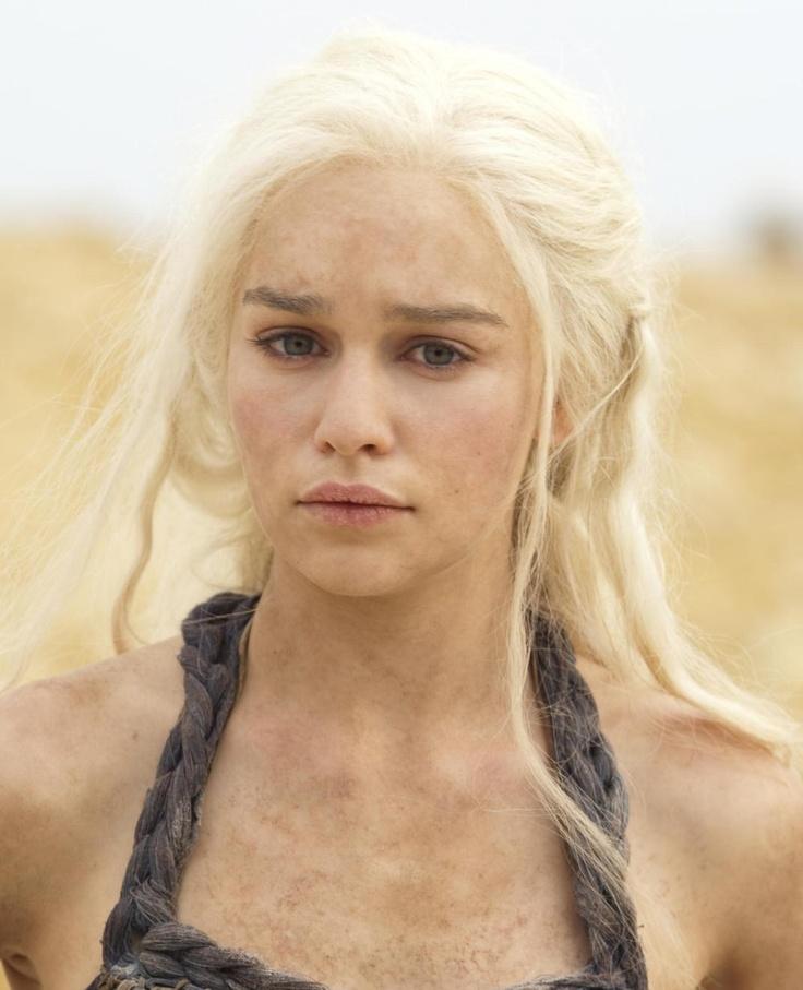 DaenerysEmilia Clarke, Girls Crushes, Photos Gallery, Daenerys Targaryen, Games Of Thrones, Gameofthrones, The Games, White Blonde, Game Of Thrones