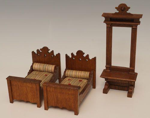 Schlafzimmermöbel für Puppenstube, Gründerzeit, um 1900