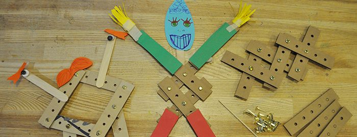 WILDCARD WEEKEND: LINKAGES | Learn how to make things move with linkages and construct mechanical toys out of cardboard parts.Recommended for ages 5 and older. Free with NYSCI admission. Linkages will take place at 1:30 – 3 pm & 3:30 – 5 pm on the following dates: Saturday, July 25 & Sunday, July 26