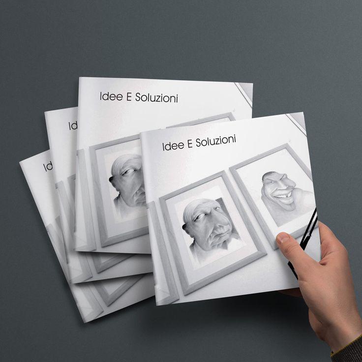 In questa immagine la copertina della brochure realizzata da Brochure Design per Idee e Soluzioni Agenzia Marketing e Comunicazione