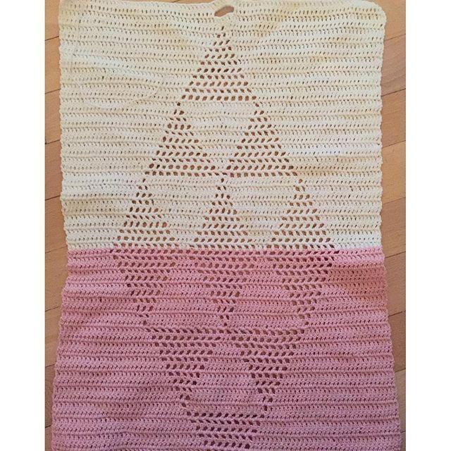 Hæklet harlekinhåndklæde, inspireret af @tinatichtach / Chrocet handtowel #crochet #harlekinshåndklæder #crochethandtowel #hæklet #garnfrasøstrenegrene