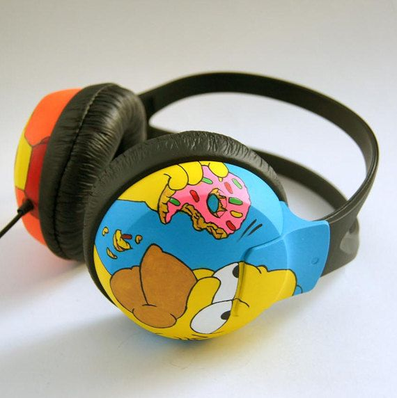 Custom hand painted headphones. Bart and Homer by atelierChloe