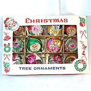 box fantasia poland 1950s fancy teardrop indent glass christmas ornaments vintage christmas. Black Bedroom Furniture Sets. Home Design Ideas