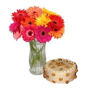 """""""The gift that says exactly why you love them"""" Convey it with #GiftsnGreets  Shop now #Onlinegifts @ http://www.giftsngreets.com"""