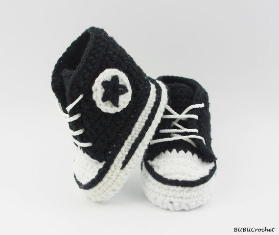 Black crochet baby Converse, baby shoes, baby sneakers, black baby booties, Converse style, baby converse, shower gift, newborn baby