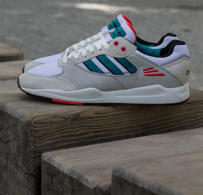 Adidas Tech super corriendo blanco Teal Rojo