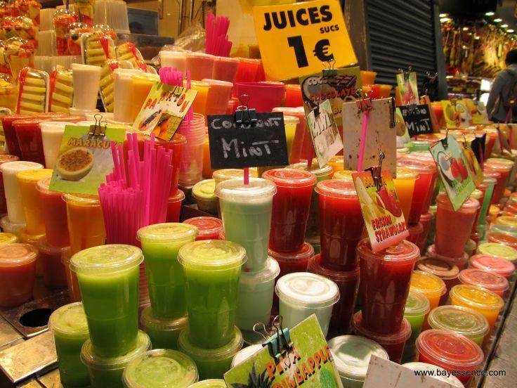 """Bay Essence: Traveling Pololos: El Mercado """"La Boquería"""", Barcelona. Jugos por 1 EUR http://www.bayessence.com/2014/03/traveling-pololos-el-mercado-la.html"""