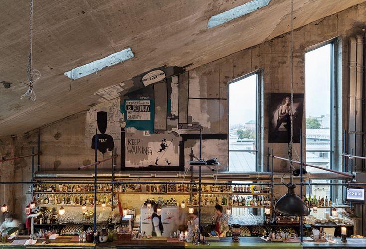 """Pop-up bar/club """"Door 19″ at ArtHouse in Moscowhttp://www.bestpopupstores.com/pop-barclub-door-19-arthouse-moscow/"""