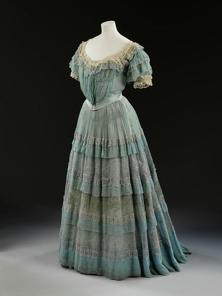 Evening Dress. 1905.  By Lucile.