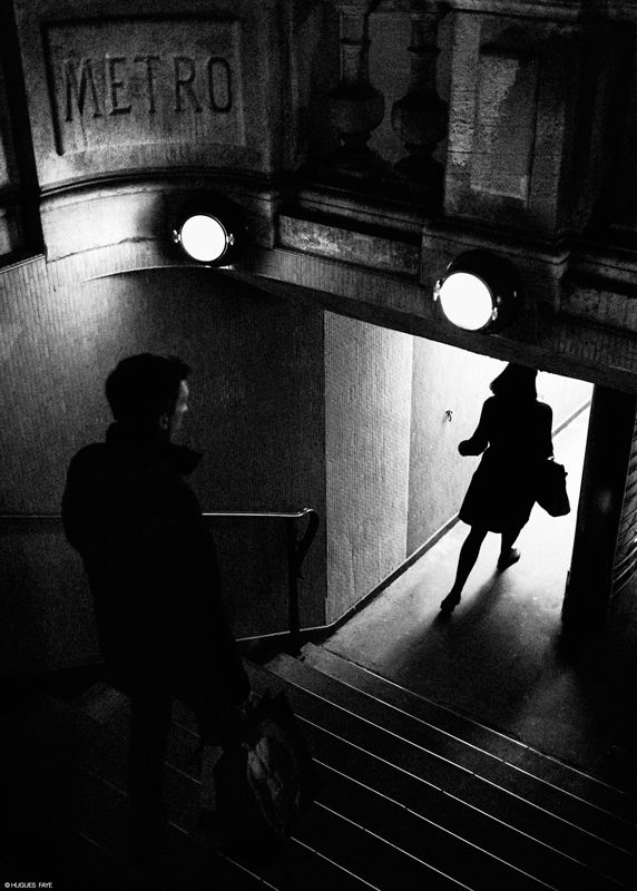 "Hugues Faye ""... my little walks on Sunday Paris ..."""